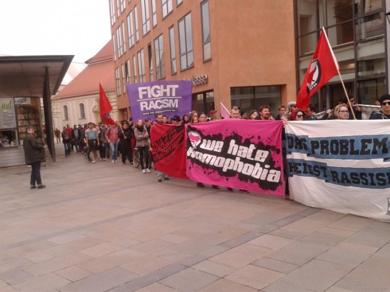 Der Demonstrationszug am Neupfarrplatz