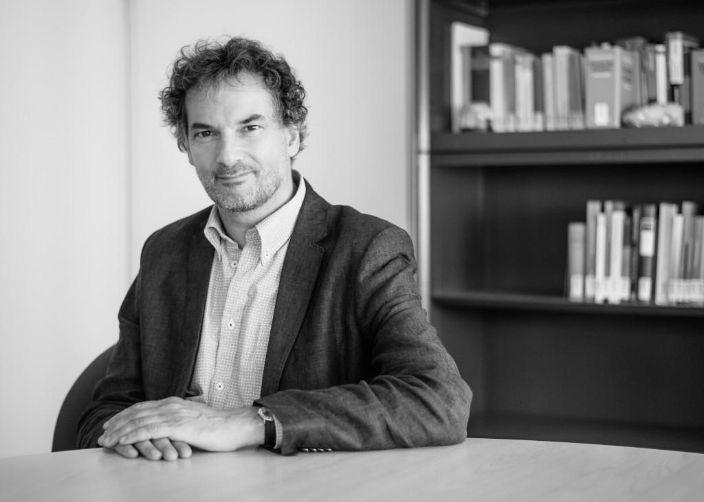 Prof. Dr. Henning Müller ist einer der 122 Strafrechtsprofessoren, die die Resolution eingereicht haben.