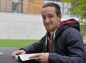 Roland, 19 Jahre, Physik