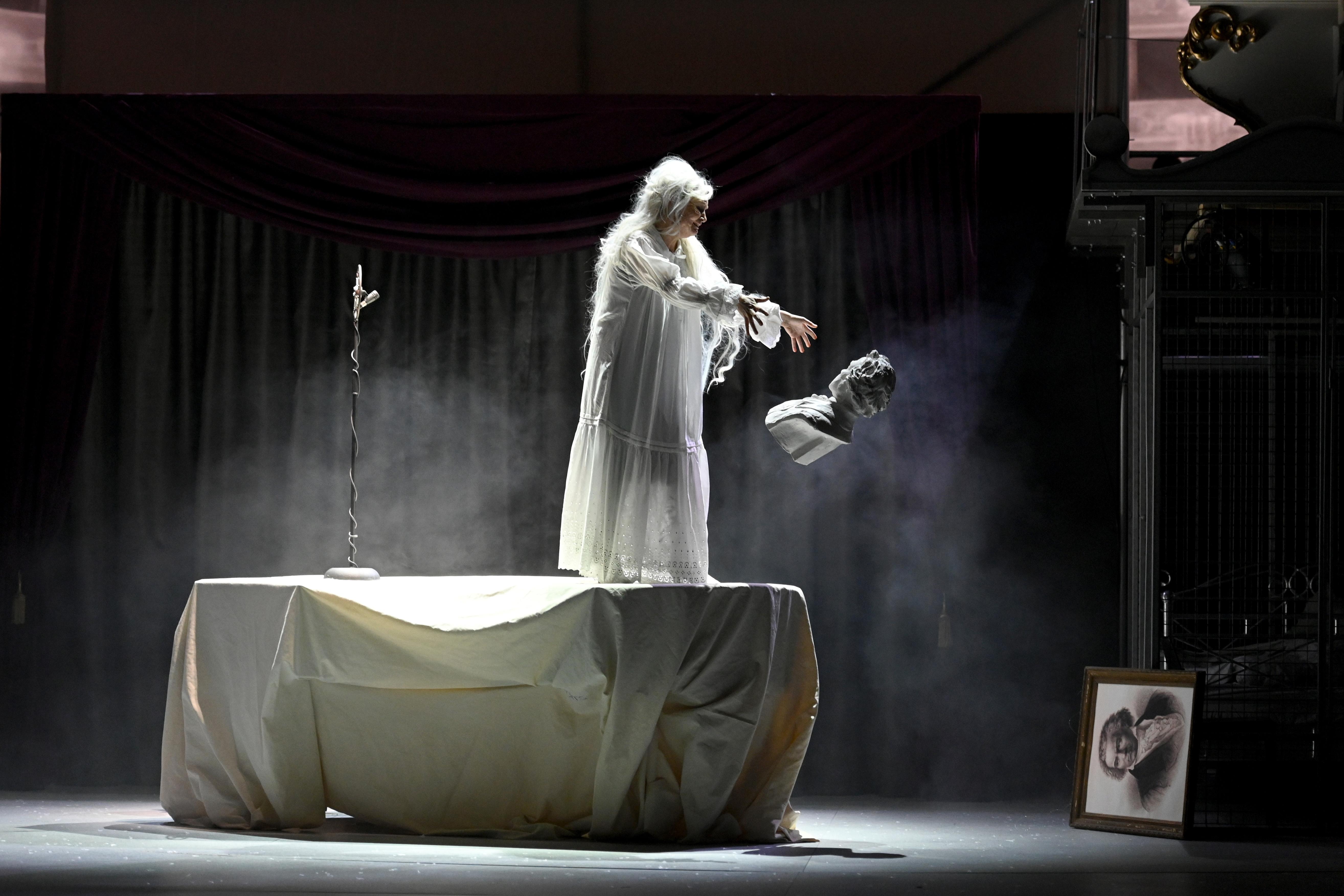 »MINONA« – Eine romantische Schicksalsfigur? Eine Theaterreview