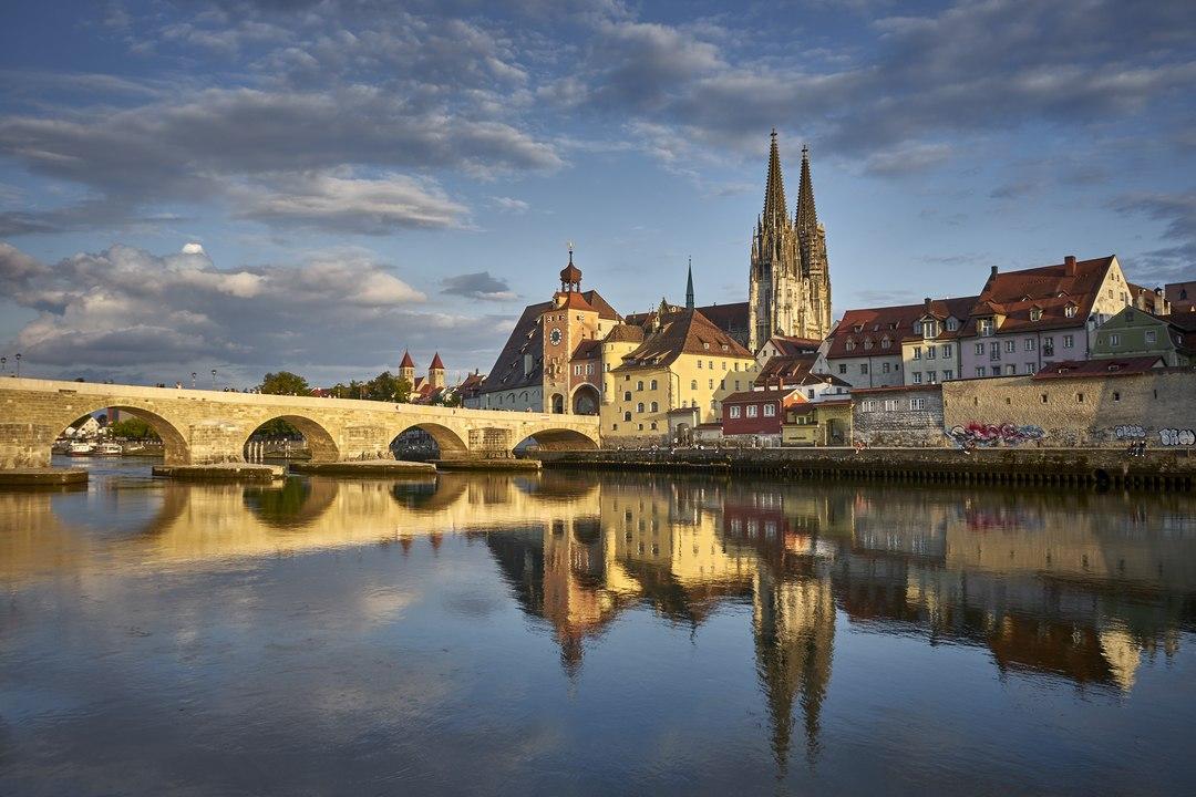 Wohnsinn: Warum ich nach Bayern ziehen musste, um das erste Mal von Faschingskrapfen zu hören, oder I glaab, Bayern taugt ma